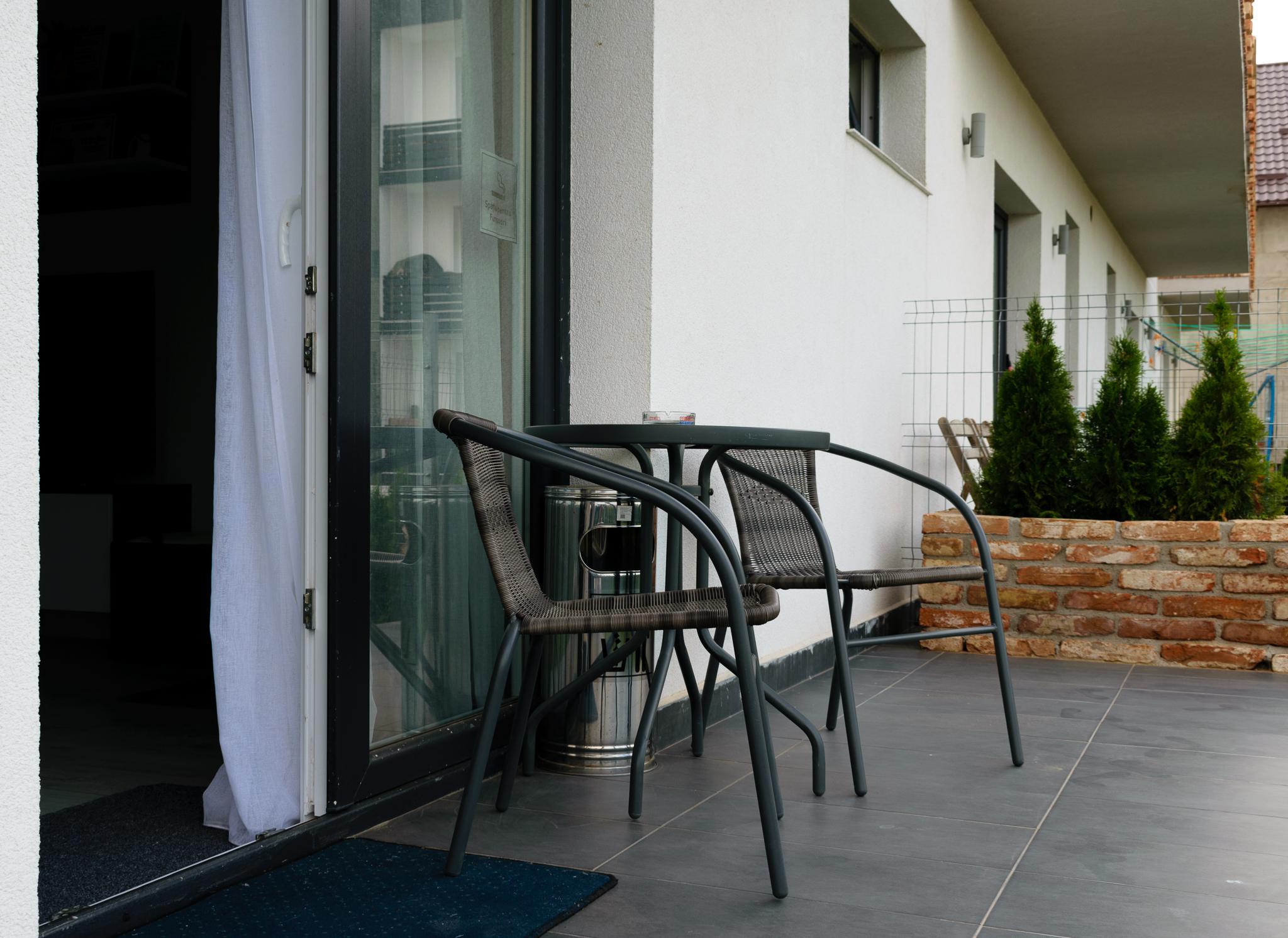 inchiriez apartament regim hotelier suceava